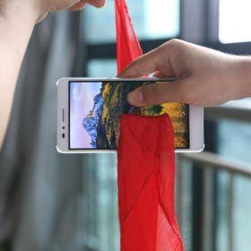 Шёлк сквозь телефон - Silk Thru Phone (гиммик и платок)